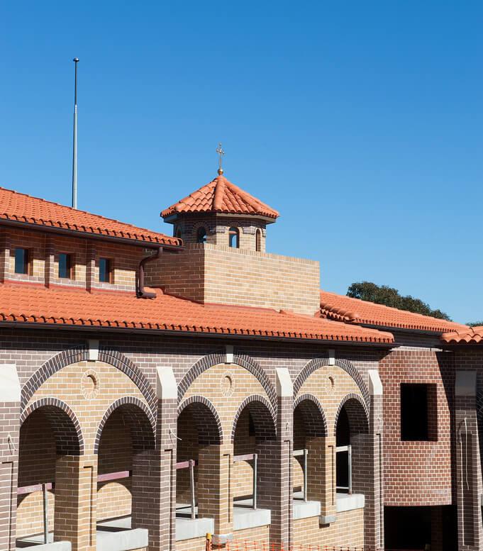 Medio Curva Terracotta Roof Tiles