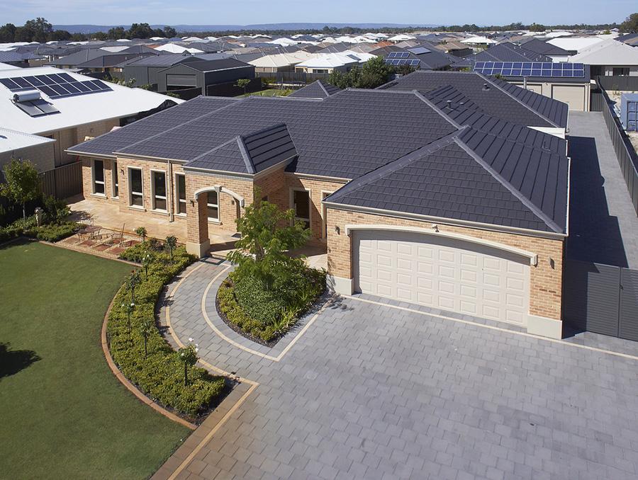 Planum Flat Profile Clay Roof Tiles